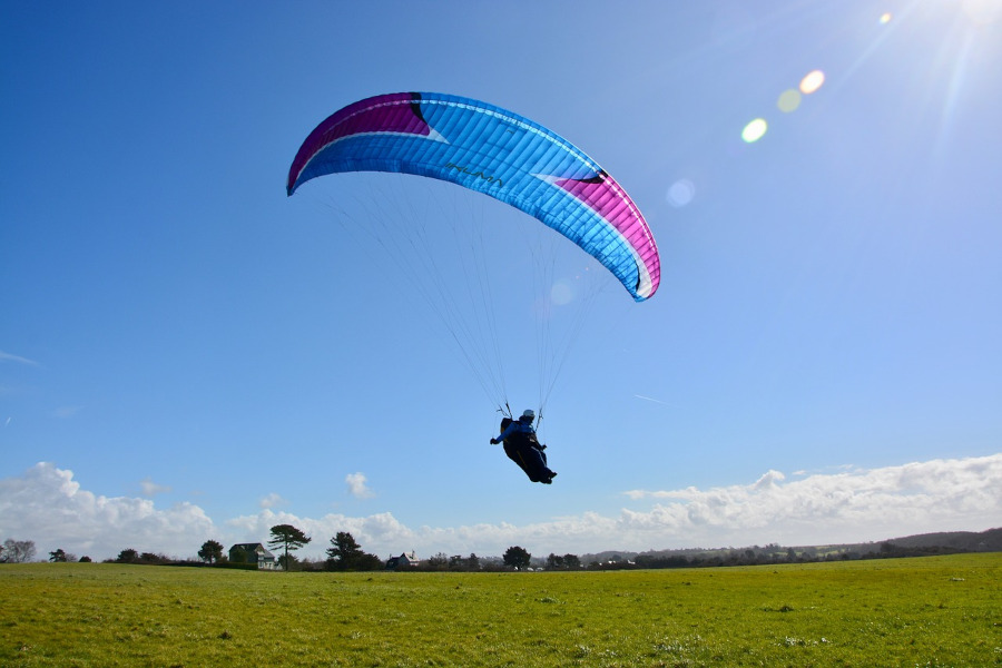 paragliding expensive cost